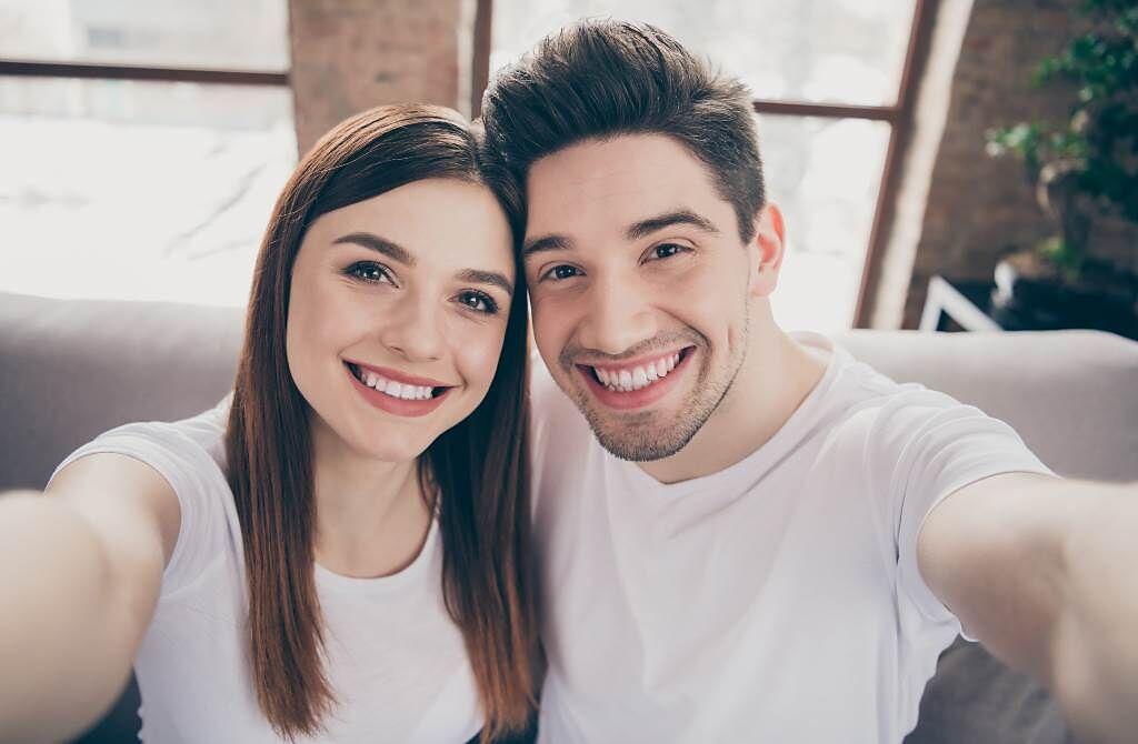 天蠍座、雙魚座及金牛座的男性最值得嫁,不僅多金顧家,又疼老婆,跟他們結婚保證幸福一輩子。(圖/Shutterstock)