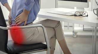 遠離久坐的不舒適感 機能坐墊成主要關鍵
