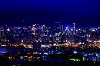 享受臺中海線小鎮氣息 登高遠望市區美景