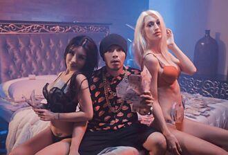 黃明志惹怒BLACKPINK粉絲:他們像看日本愛情動作片會很嗨