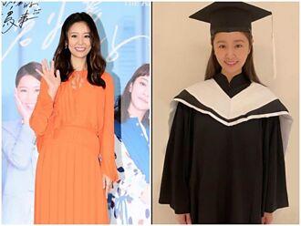 林心如世新碩專班畢業 開心獲傑出表現獎