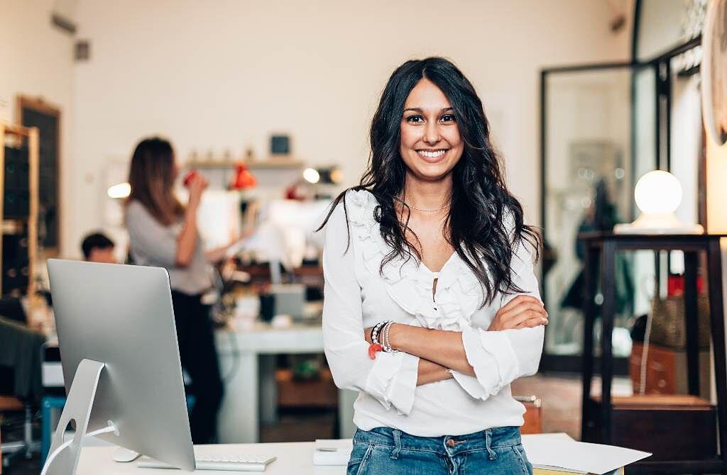 天蠍座、雙魚座、水瓶座的女性總能靠自己的本事與毅力稱霸職場,成為令人欽佩的女強人。(圖/Shutterstock)