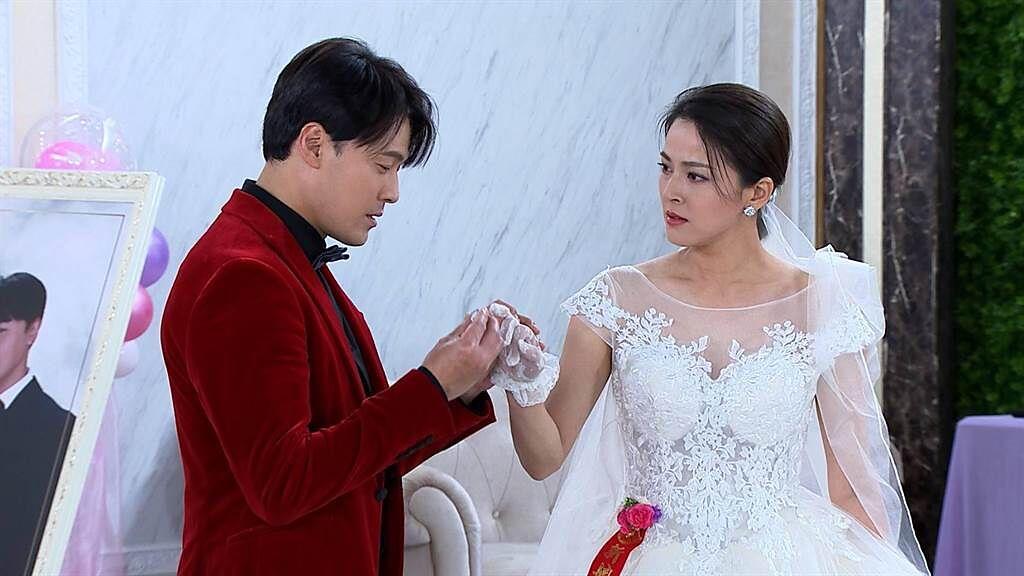 黃文星、蘇晏霈婚禮戲上演。(民視提供)