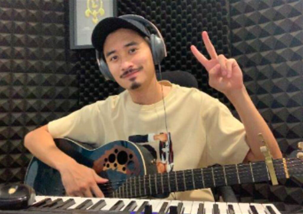 歌手劉學甫(蝸牛)創作防疫打氣歌曲〈乘著浪,前進希望〉。(浪LIVE提供)