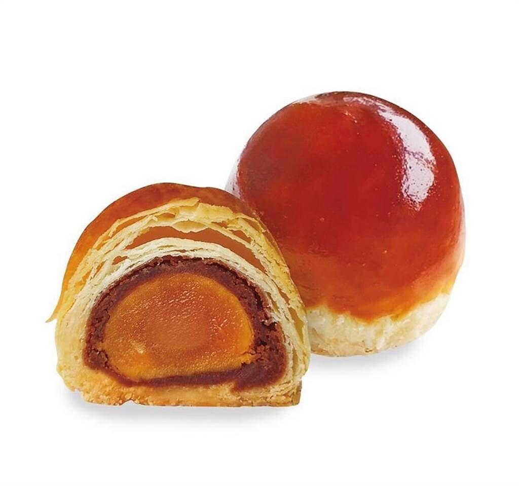 L.Z.無框架甜點推出新品「寶石蛋黃酥」,標榜製作過程不加一滴水。( 圖/ L.Z.無框架甜點提供)