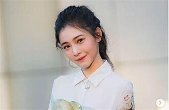 李㼈校花女兒偽素顏太美 17歲水嫩肌狂噴仙氣