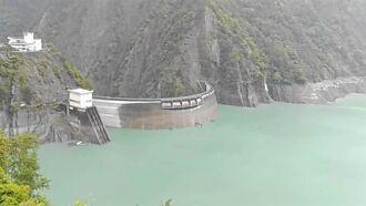 烟花神助功!德基水庫集水區進流量暴增6倍 蓄水量將破50%