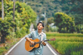 專訪/27歲國文老師叩關金曲歌王 楊肅浩:做音樂比教書複雜