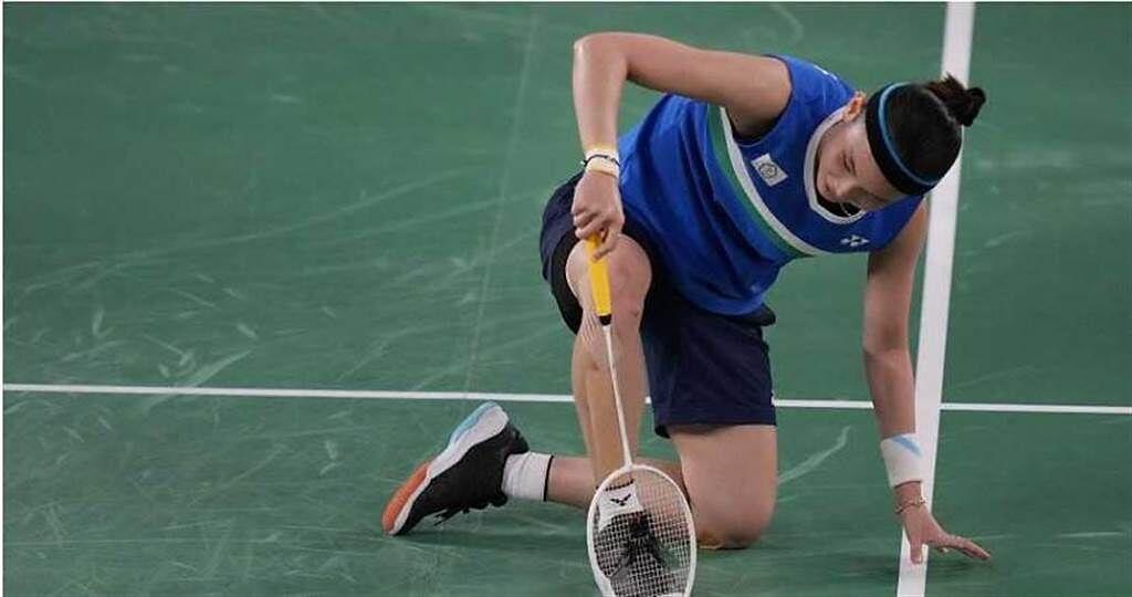 2017年,戴資穎因為世錦賽和世大運撞期,她放棄以第一種子參加世錦賽的資格而留在台灣參加世大運,最終奪下女子單打及混合團體兩面金牌。