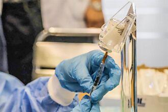楊文科讚大安醫院「客家打法2.0」 每滴疫苗都不浪費