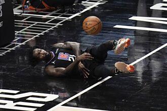 NBA》曾嗆柯瑞與詹皇 「黑貝」快艇奪冠夢碎