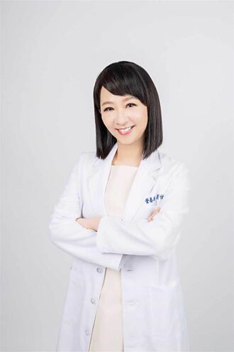 營養師劉怡里秀雪藏美腿 保養只靠千元不到的開架乳液