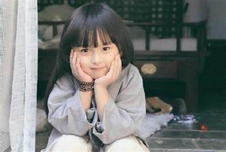 全球最年輕美女5歲就年收百萬 美到禁止整形12歲高顏值曝光