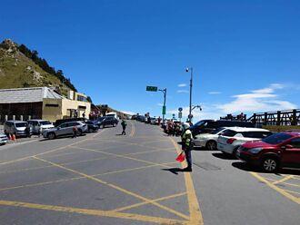 中秋節連假首日報復性出遊 半天逾萬車輛湧入花蓮