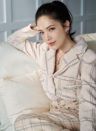 女星許瑋甯鍾愛香奈兒  優雅妝感永不退流行