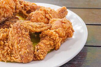 為何喜宴最後一道菜是炸雞?網吐真相:賓主盡歡