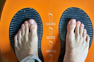 腳大的男人更會偷吃 統計數據曝:這鞋碼出軌率最高